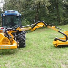 Косилка – кусторез для трактора на манипуляторе FEMAC DOC 201