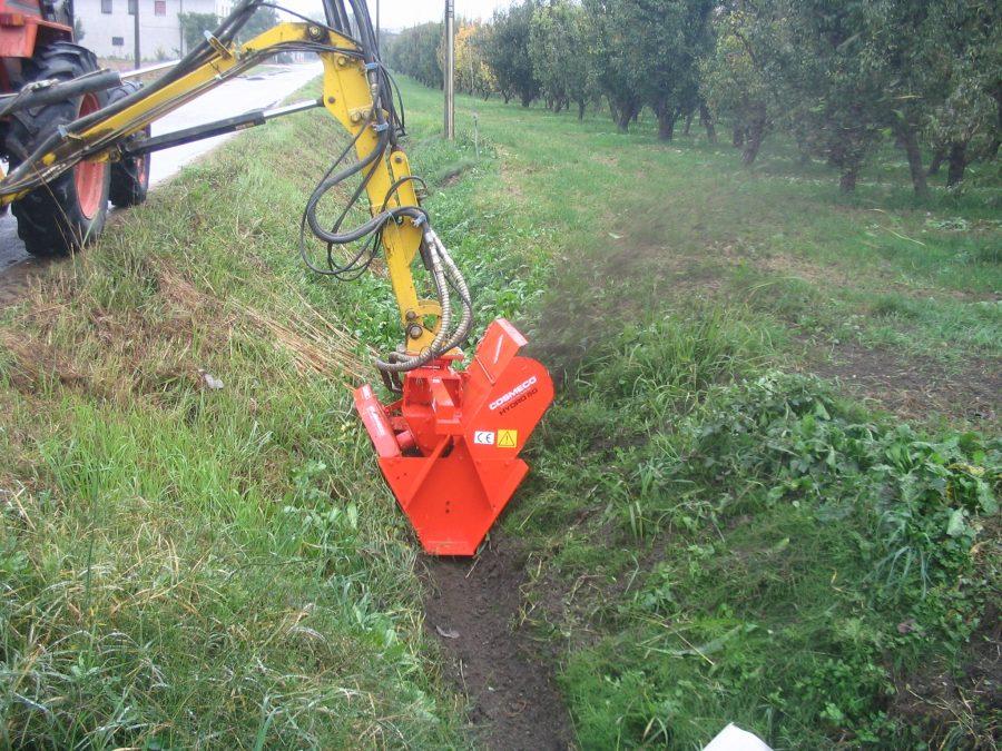 Каналокопатель одно-двух-роторный для гидравлической стрелы