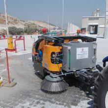 Прицепная подметально — уборочная машина (1200 литров)
