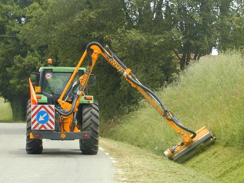 Косилка – кусторез для трактора FEMAC DOC 400